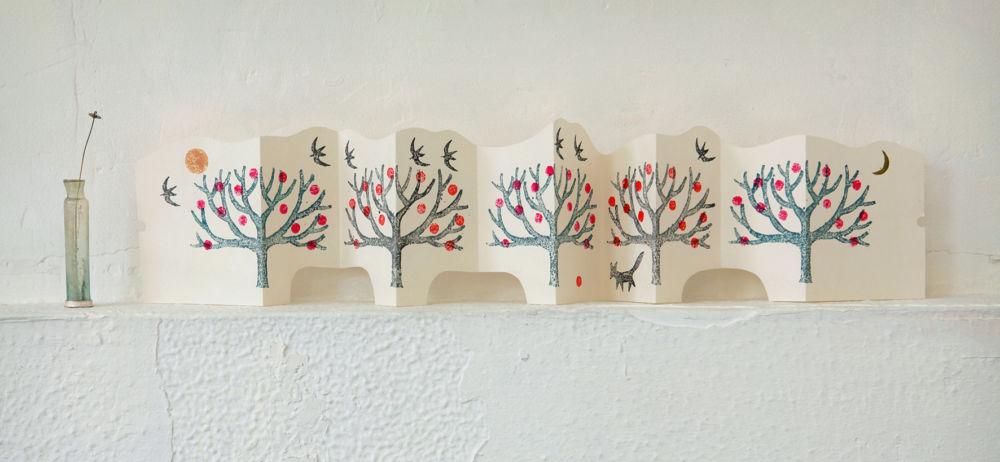 ワークショップ「『木版画でかわいい雑貨』 ジャバラのカードづくり」開催