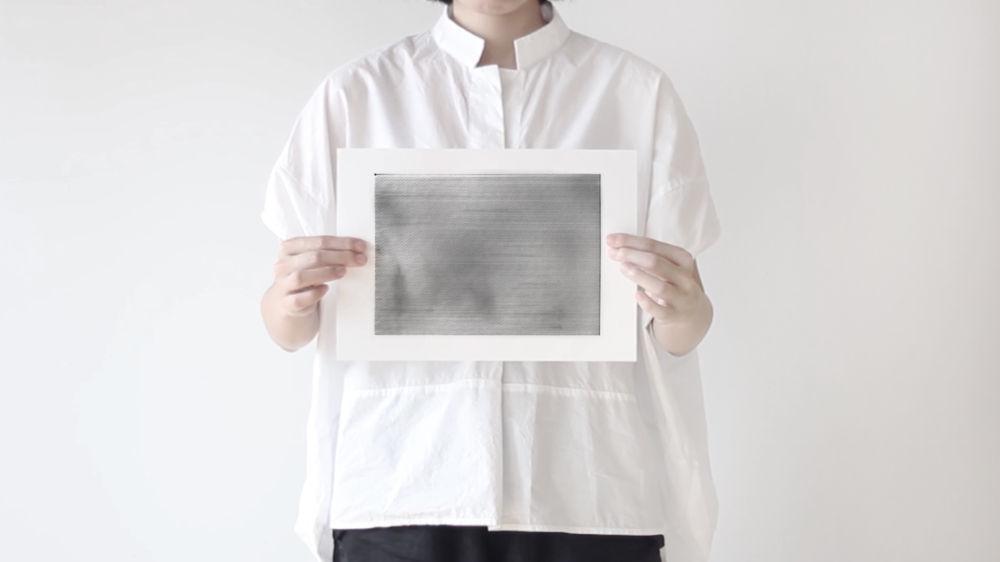 「ドローイングで紙を視る」ワークショップ