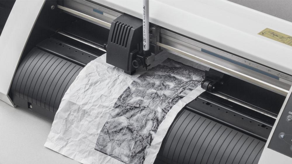 ファブクリエイター深地宏昌 東京初個展「ドローイングで紙を視る」